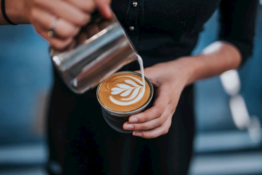 barista jobs are great part time jobs that pay well
