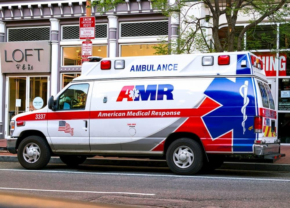 paramedic EMT part-time overnight jobs