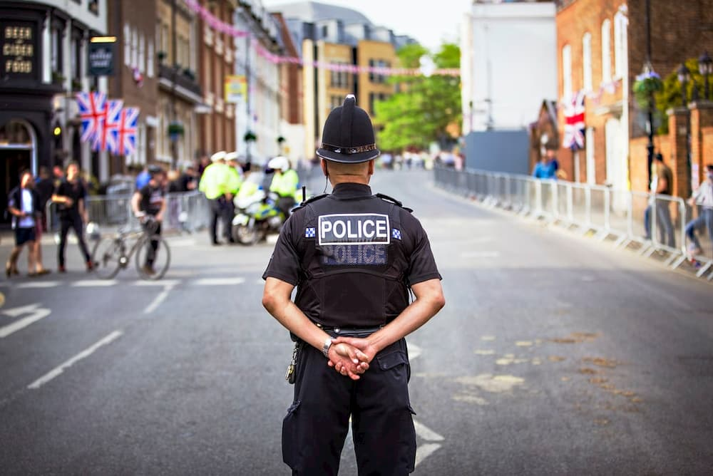 police jobs make great night shift careers