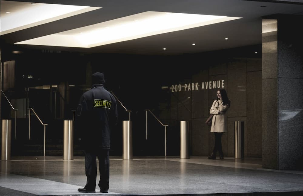 security guard high paying overnight jobs
